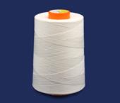 Linha de algodão para costura Bonfio ref. 30 branca c/ 5000 un