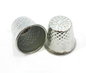 Dedal metálico para costureira Kas Maq ref. N°8 c/ 1 un