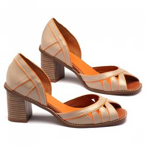 Sandália Salto Medio de 7cm em couro bege com vivos laranja 3461