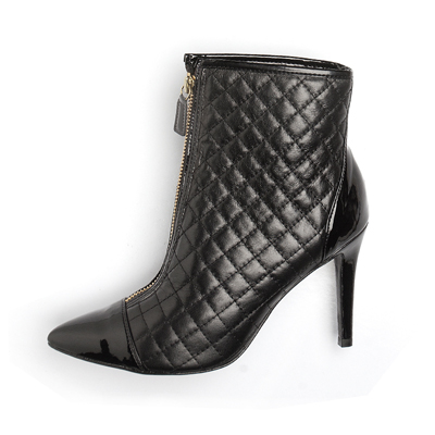 Bota Ankle Boot Preta Matelassê 31918