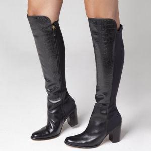 Bota Over The Knee Preto zipper interiço e solado em COURO 107326