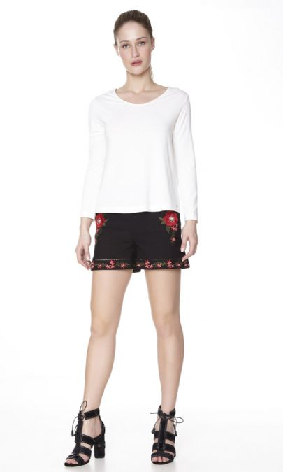 SHORTS  BORDADO LIGHT FLOWER