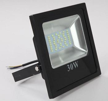 Super Projetor Preto Led Slim 30W Bivolt Luz Branca 6500K LTFL306500KSLIM B. Bauer
