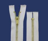 Zíper de metal 05 grosso fixo dourado p/ tingir Coats ref. M50Y 116 (GC 52M) c/ 1 un