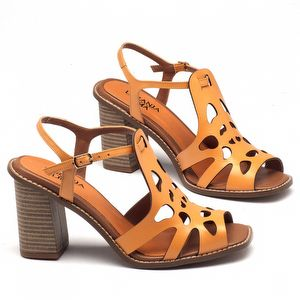 Sandália Salto Alto de 9 cm em couro laranja 3456
