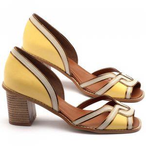 Sandália Salto médio de 7cm em couro amarelo - Código - 3491