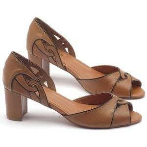 Sandália Salto médio de 6cm em couro havana - Código - 3437