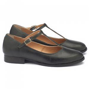Sapato Fechado Modelo em couro preto. 9376