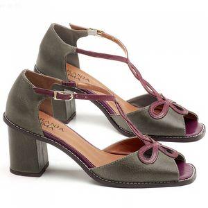 Sandália Salto Médio de 6cm em couro Musgo com Amora - Código - 3573