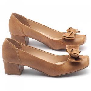 Sapato Fechado Estilo Foucinho de porco de 4cm couro caramelo - Código - 9408