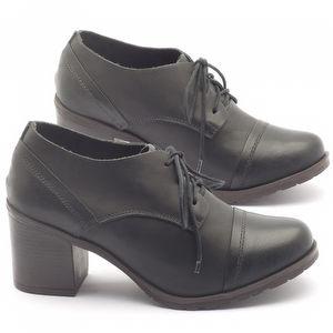Sapato Fechado Estilo Boho-Chic com salto de 6cm em couro preto - Código - 137042