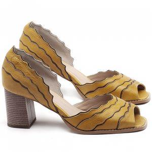 Sandália Salto Médio de 6cm em couro Amarelo - Código - 3630