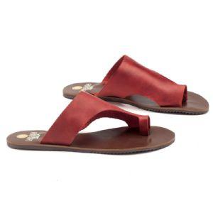 Rasteira Flat vermelha em couro 140005