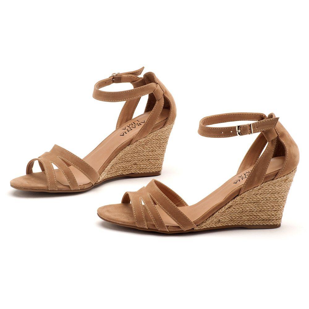 Compra sandalias para niña en nuestra tienda online.  Todas las sandalias para niña en Megacalzado   ENVÍO GRATIS a tienda. Utiliza los filtros de la izquierda para encontrar tu .