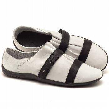 Tênis Cano Baixo em couro branco com preto - Código - 145031